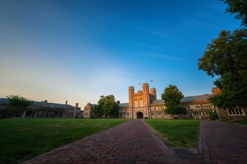 美国哪一所大学最受学生好评,排名第一是你心仪的大学吗