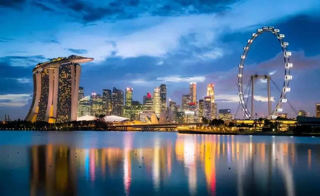 新加坡大学世界排名很高,不少准备申请研究生留学的中国学生都将新加坡作为首选。那么,