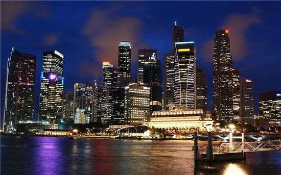 来过新加坡的人都说,这是一个待不腻的地方,因为每天可以有很多事情去做。走遍每一条风