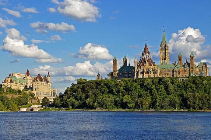 2020年加拿大留学各院校成绩要求及时间规划